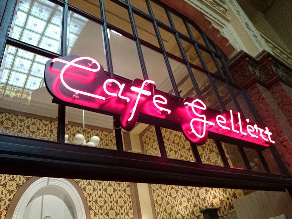 Gellér Fürdő - Gellért Café Neon